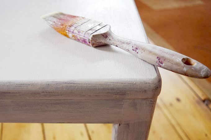 4 steps guide to painting woodwork