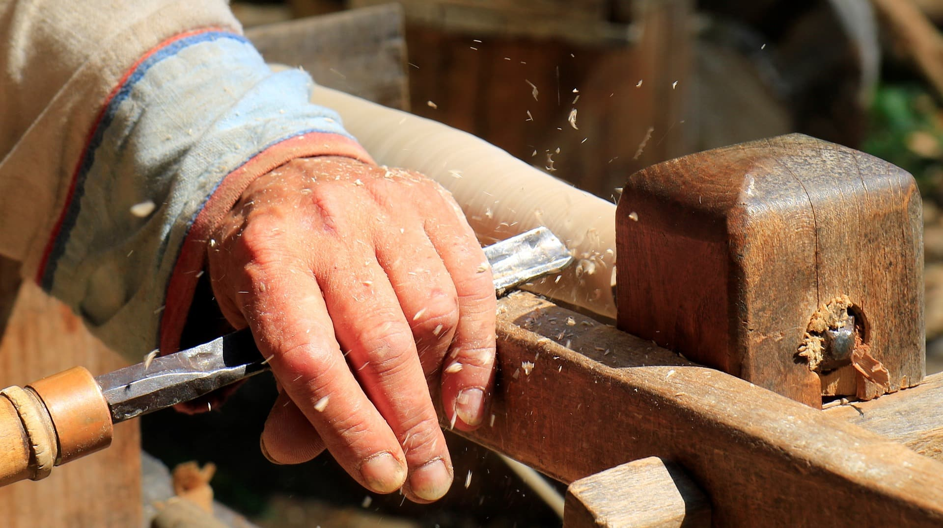 Hand and Wood Carving