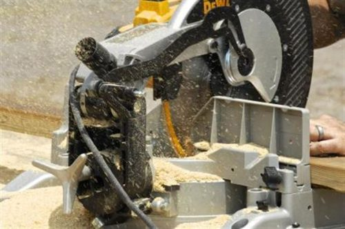 10 inch miter saw thick of wood cut