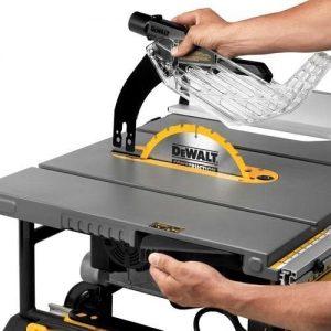 DEWALT 10-Inch Table Saw, 32-1.2-Inch Rip Capacity