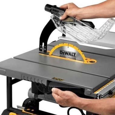 DEWALT 10-Inch Table Saw, 32-1.2-Inch Rip Capacity