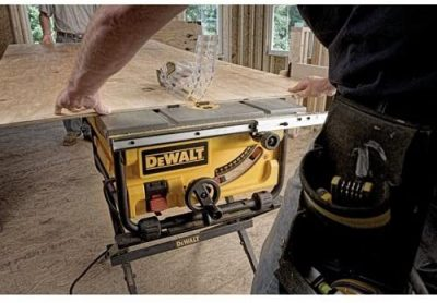 DEWALT DWE7480 10 in. Compact Job Site Table Saw - front view