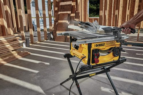 DEWALT Table Saw for Jobsite, Compact - close up