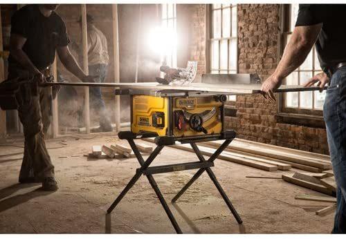 Dewalt Flexvolt 60V Max Table Saw used on wood