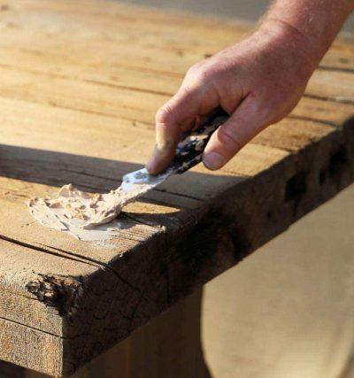 FamoWood 40022126 Latex Wood Filler - close up