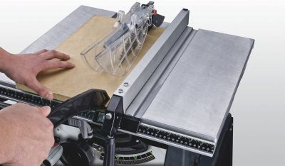 Genesis GTS10SB Table Saw - cutting