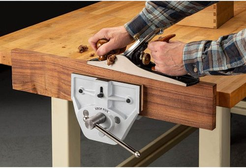 Shop Fox D4328 9-Inch Quick Release Wood Vise - close up