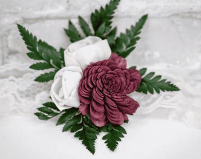 Sola Wood Flowers Boutonniere Kit
